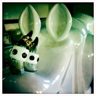 suzy_interior_jewelry-dolly